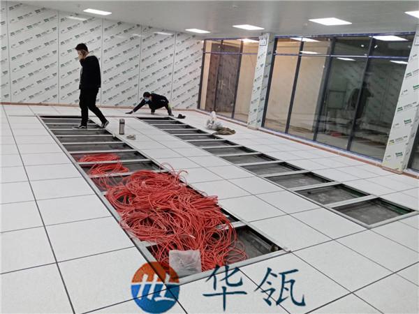 有边防静电板地板铺装